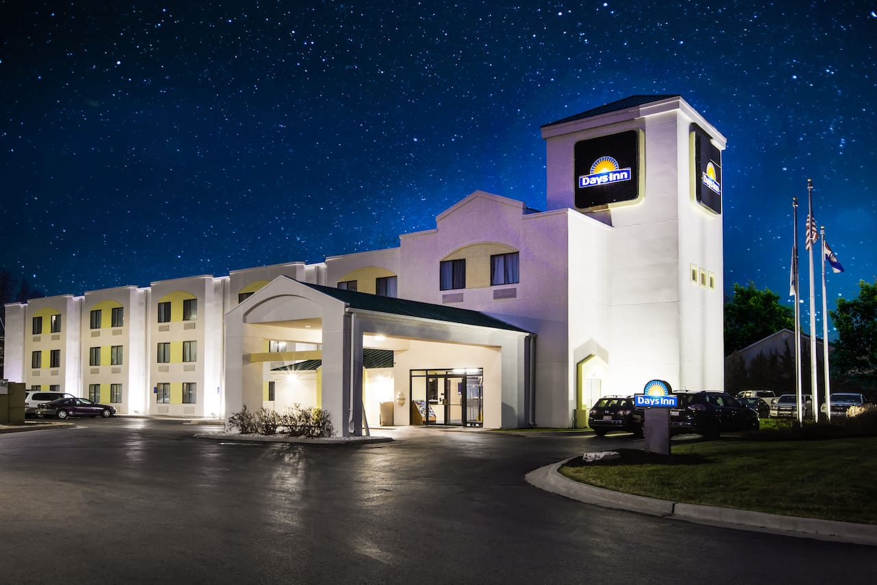 Days Inn Blue Springs in Overland Park, Kansas