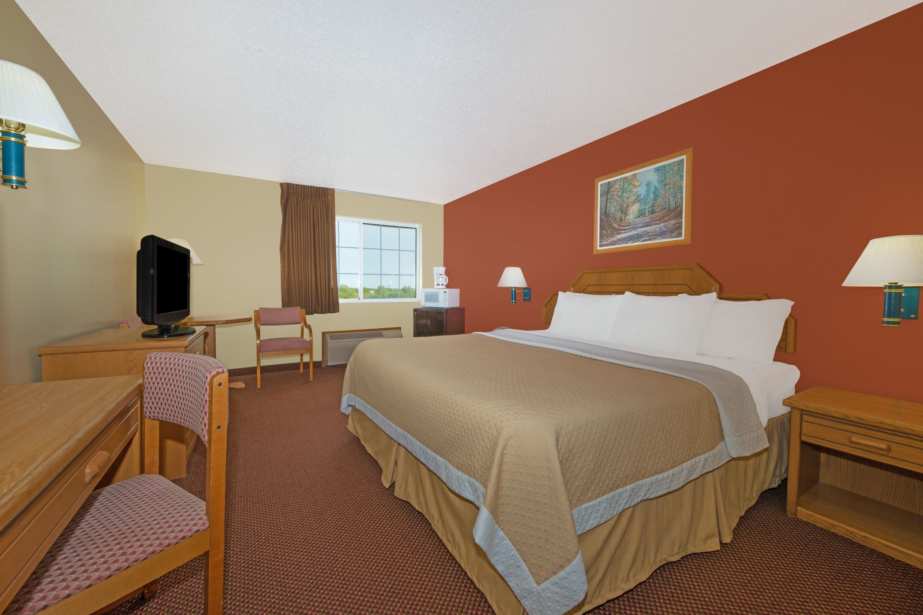 Guest room at the Days Inn Cameron in Cameron, Missouri