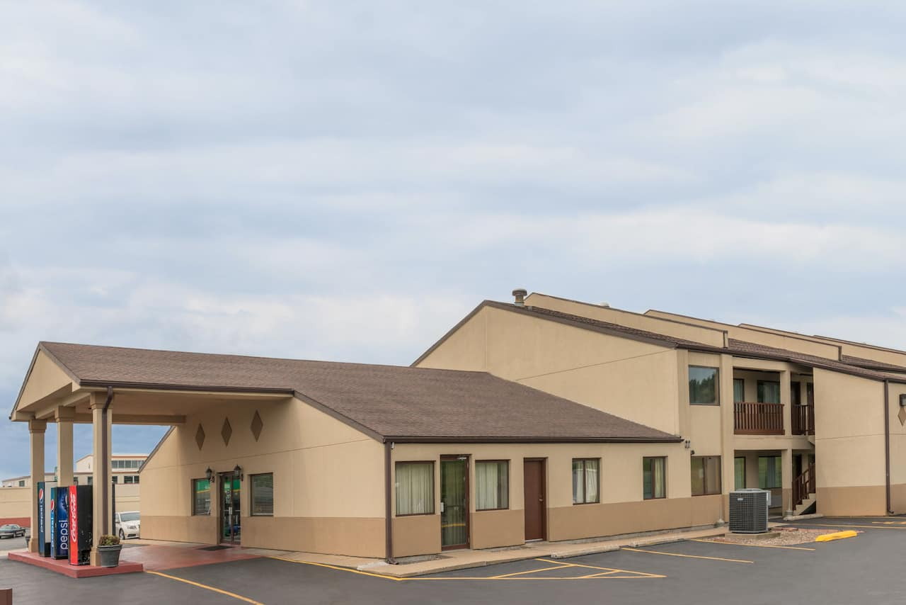 Days Inn - Hannibal in Hannibal, Missouri