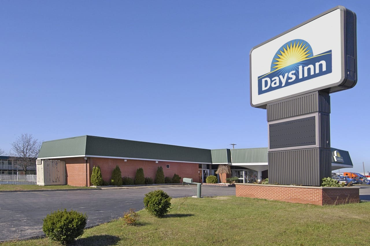 Days Inn Lebanon in West Lebanon, Missouri