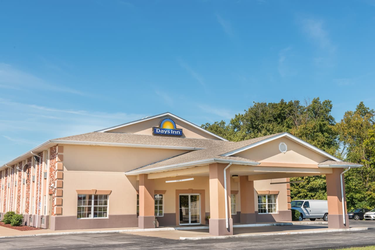 at the Days Inn Perryville in Perryville, Missouri