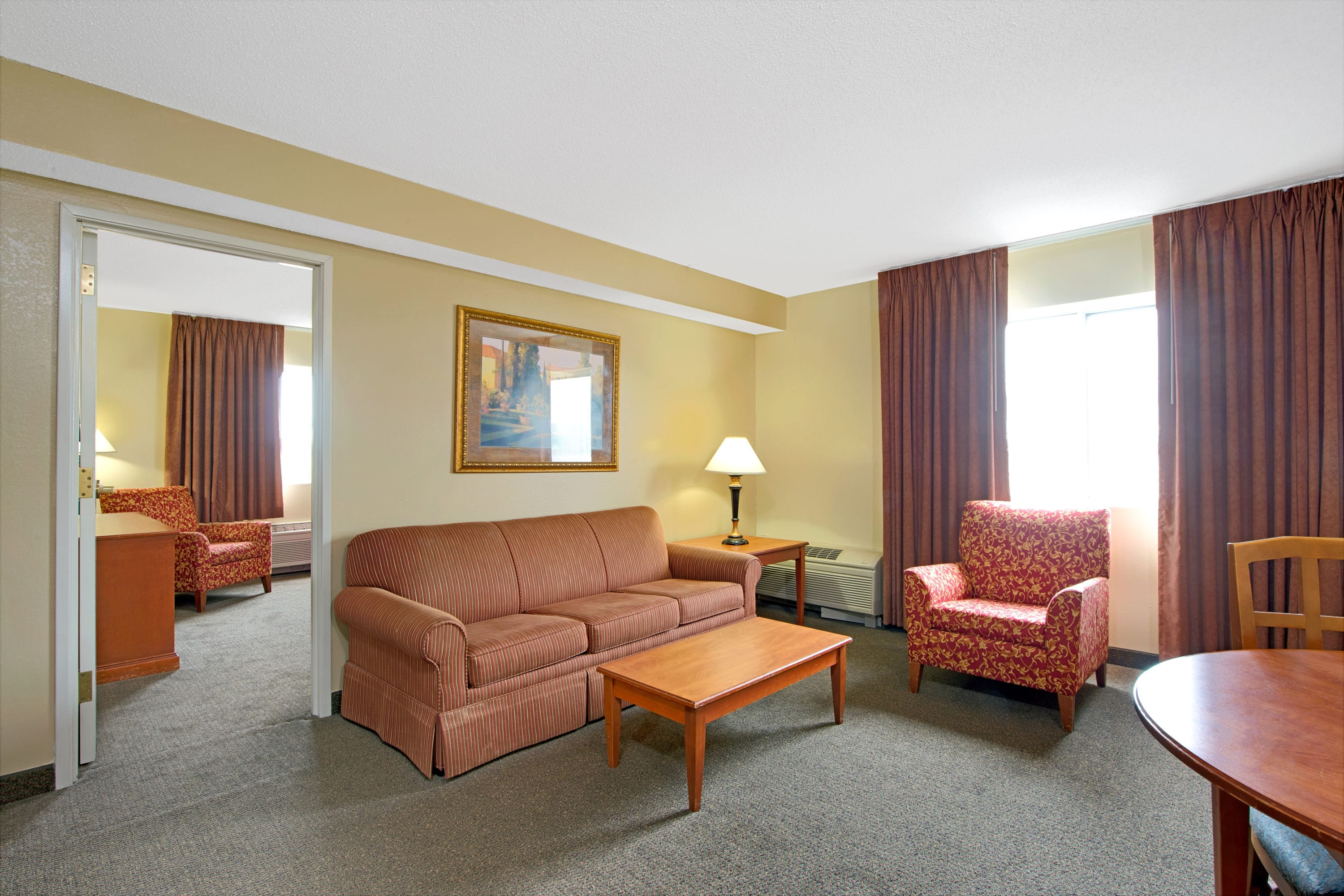 Days Inn - St. Louis/Westport MO suite in Saint Louis, Missouri