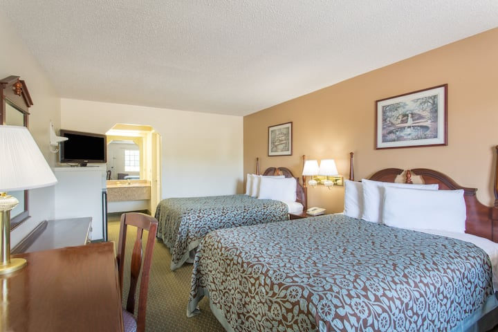 Guest room at the Days Inn - Picayune in Picayune, Mississippi