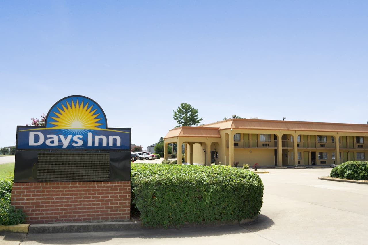 Days Inn Southaven MS in Robinsonville, Mississippi