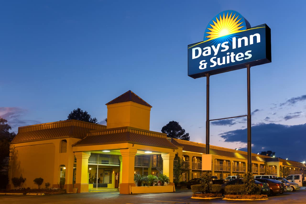 Days Inn & Suites Vicksburg in  Vicksburg,  Mississippi