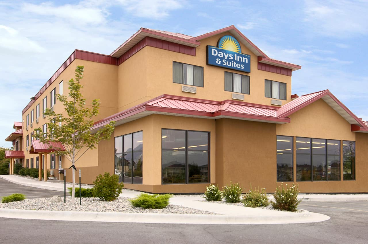 Days Inn & Suites Bozeman in Bozeman, Montana