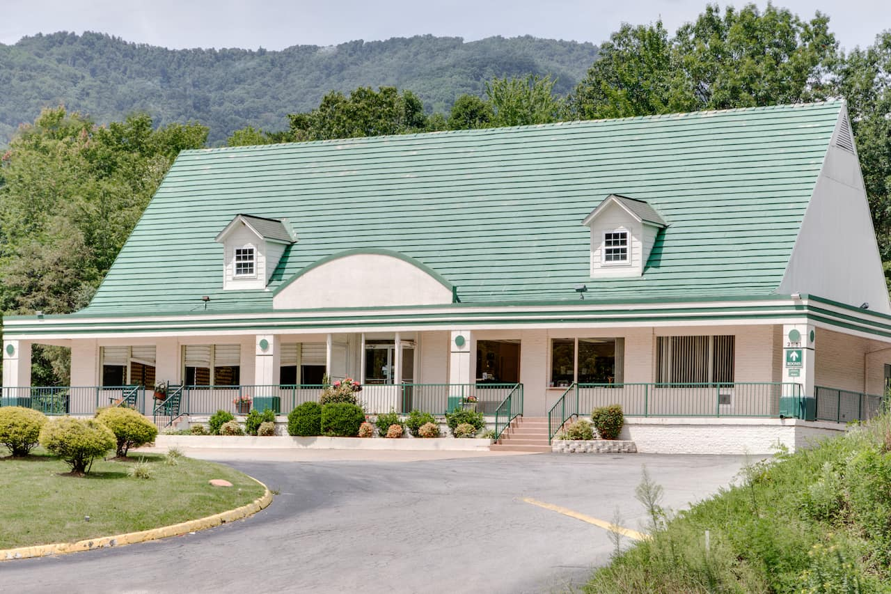 Days Inn Asheville West in  Candler,  North Carolina