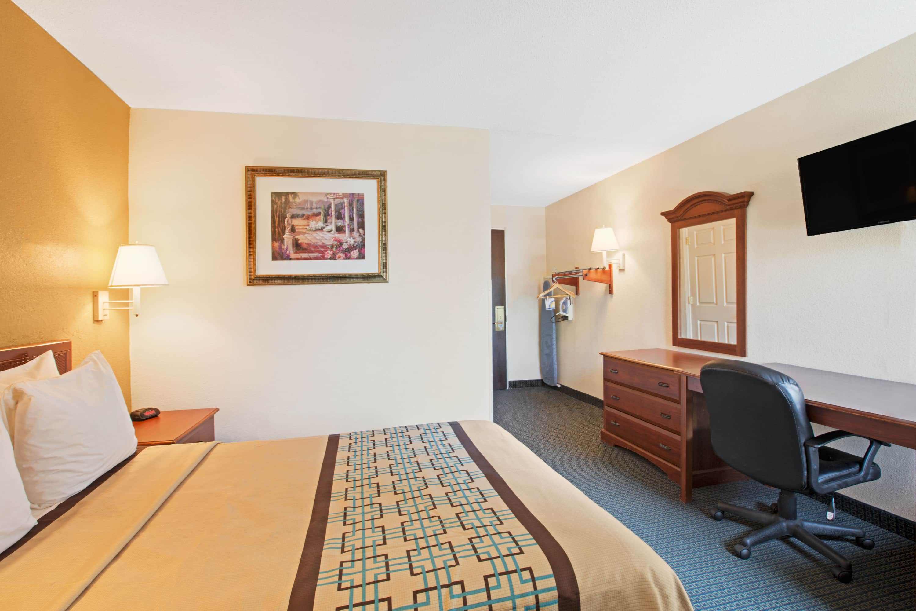 Guest room at the Days Inn Charlotte/Woodlawn Near Carowinds in Charlotte, North Carolina