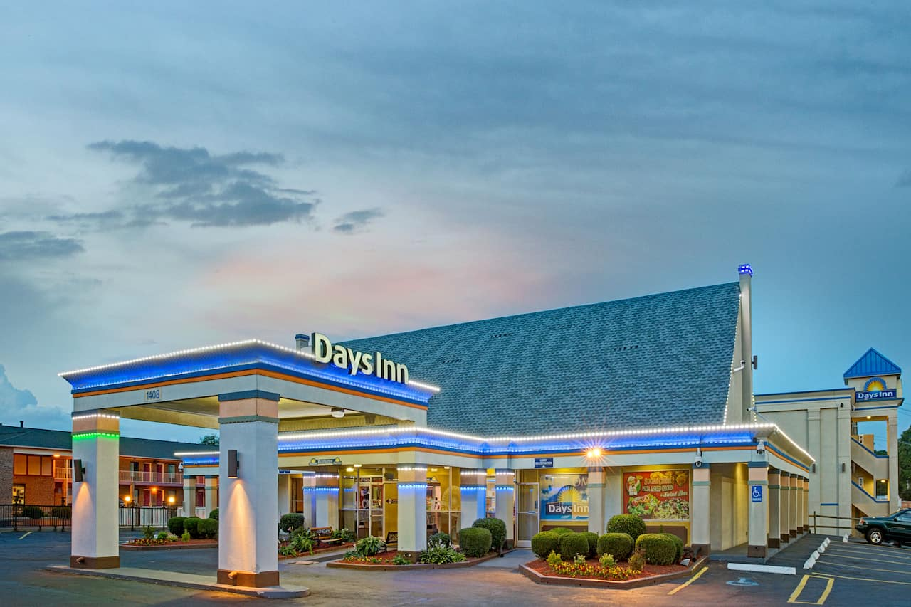 Days Inn Charlotte North-Speedway-UNCC-Research Park in  Concord,  North Carolina
