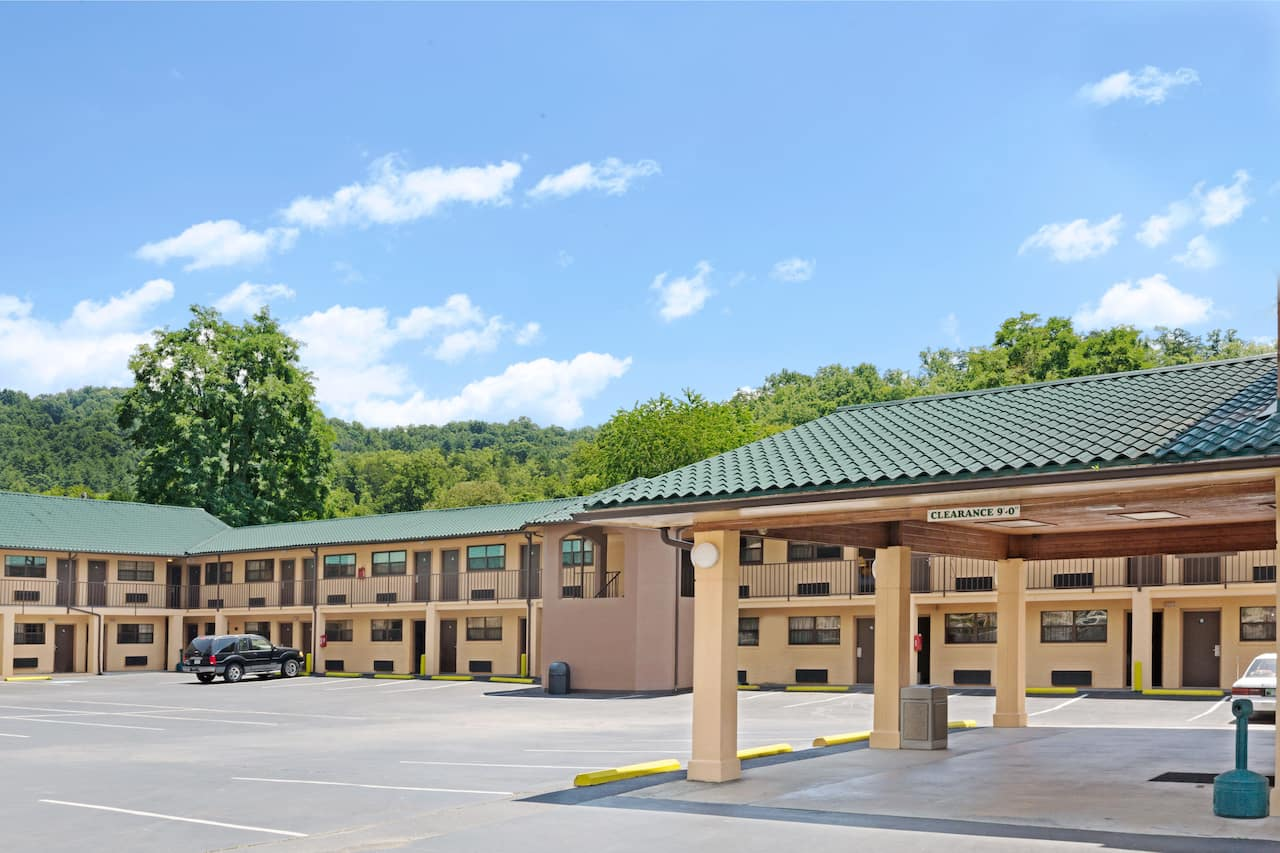 Days Inn Cherokee Near Casino in Gatlinburg, Tennessee