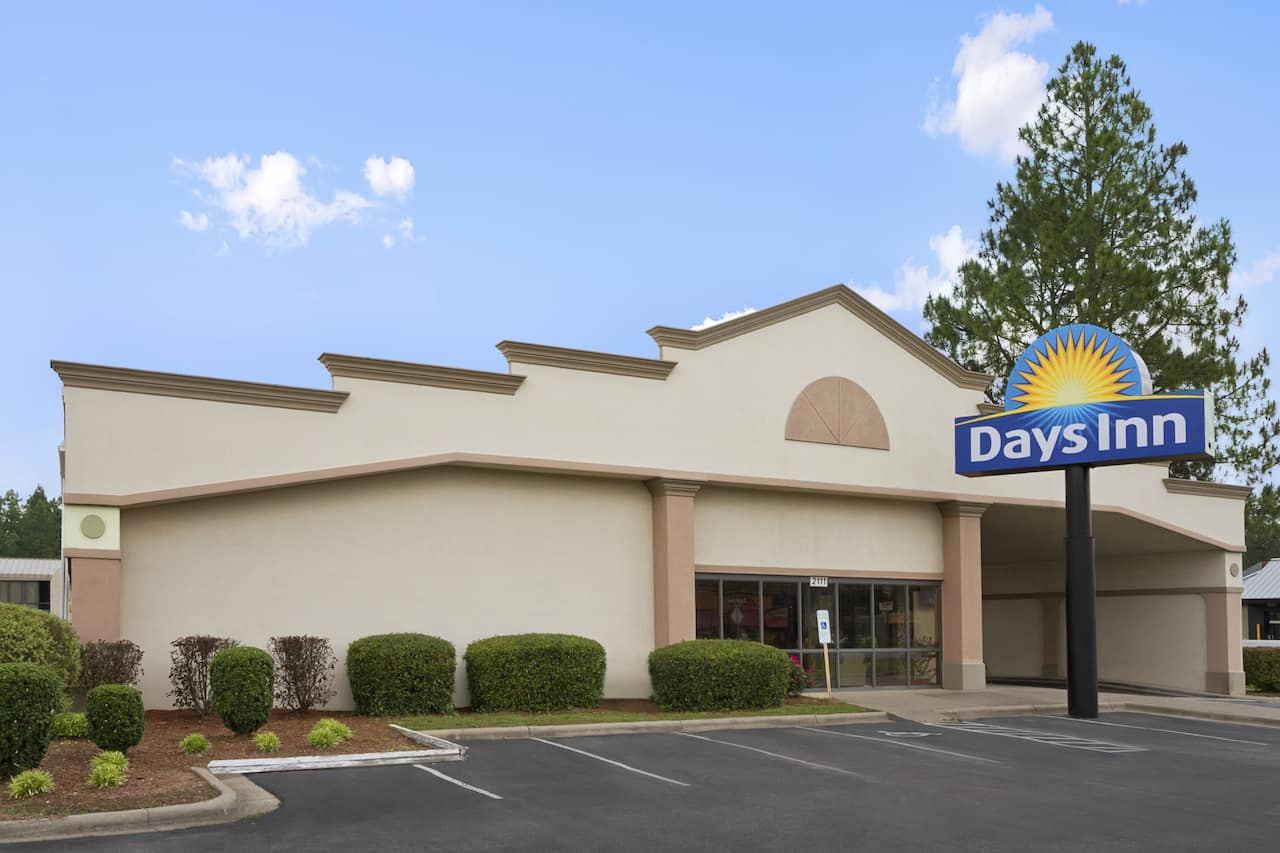 Days Inn Fayetteville-South/I-95 Exit 49 in Fayetteville, North Carolina
