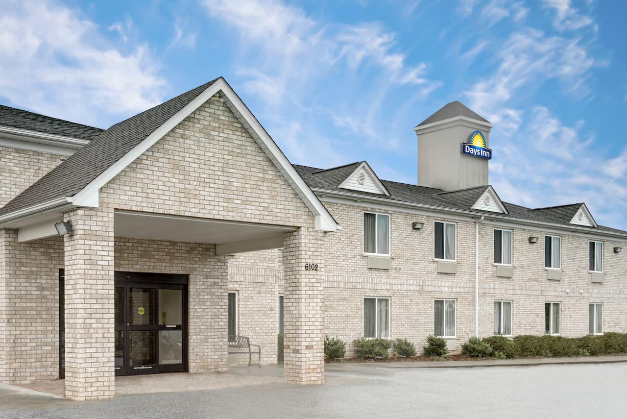 Days Inn Greensboro NC in High Point, North Carolina