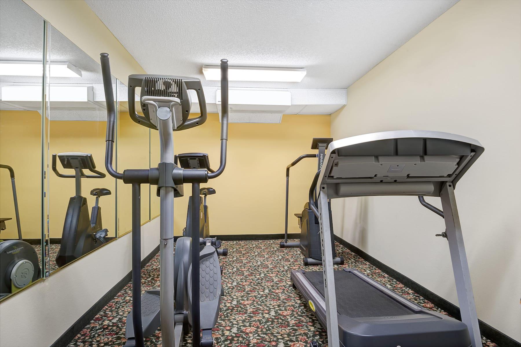 Days Inn By Wyndham Burlington East Haw River Nc Hotels