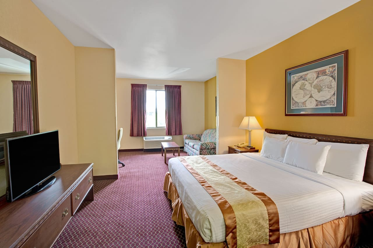 at the Days Inn & Suites Hickory in Hickory, North Carolina