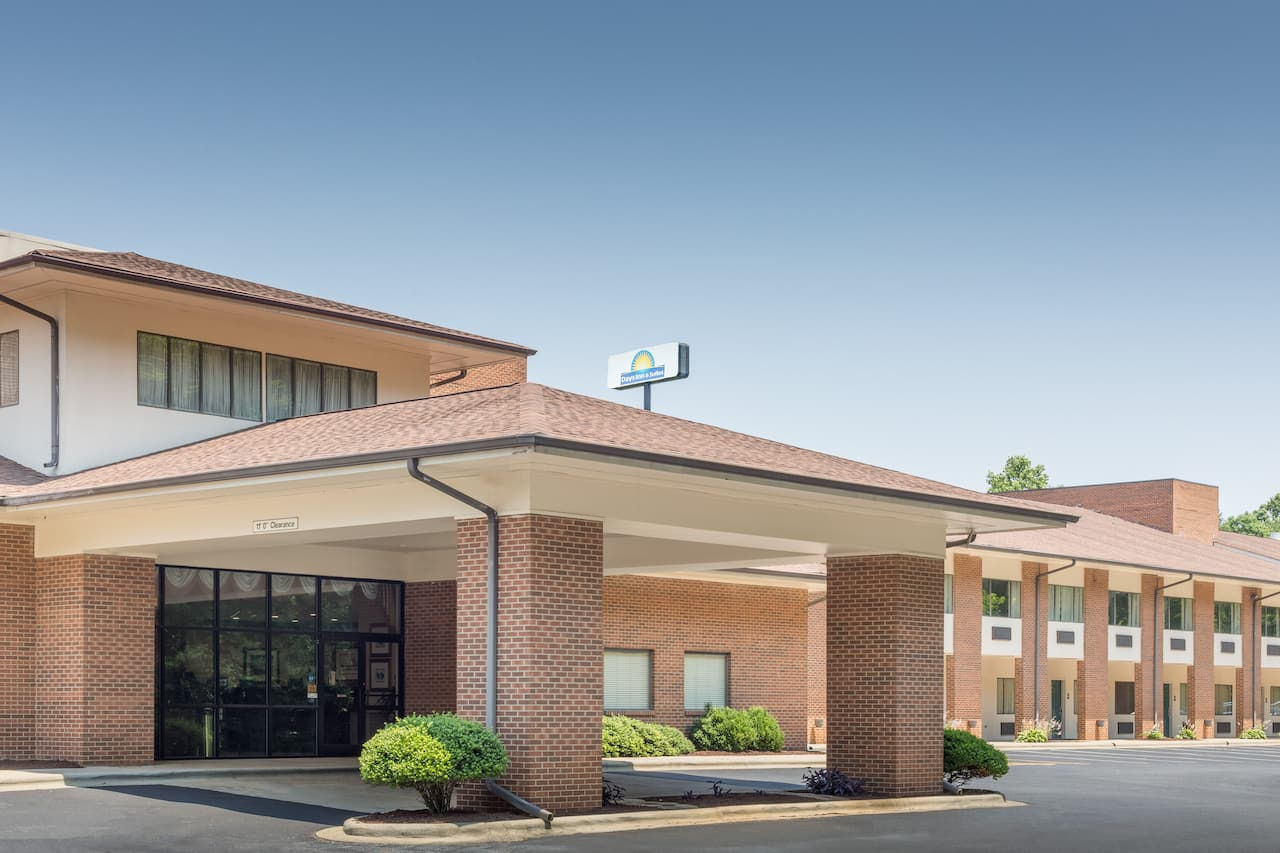 Days Inn Lexington in  Salisbury,  North Carolina