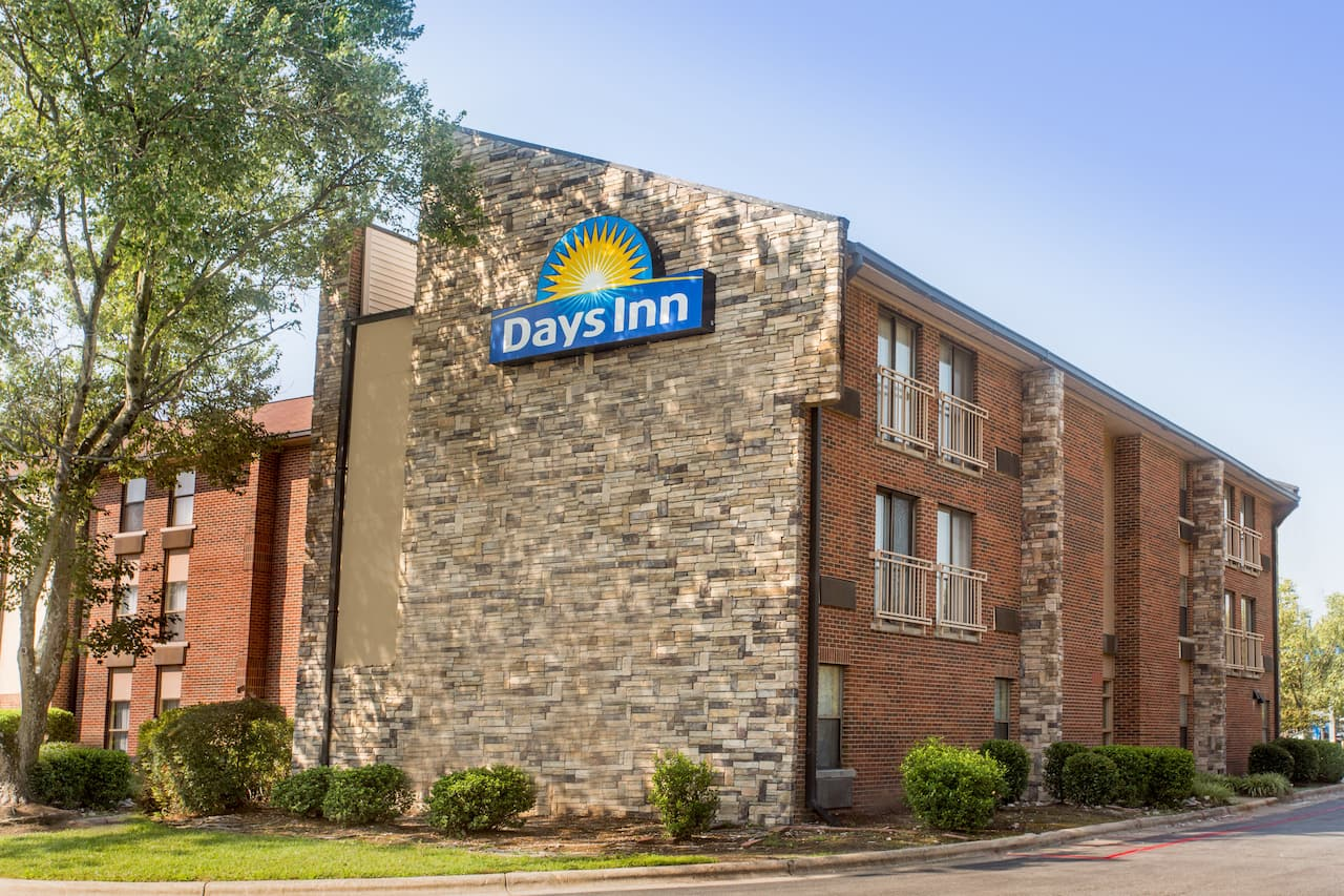 Days Inn Raleigh-Airport-Research Triangle Park in New Hill, North Carolina