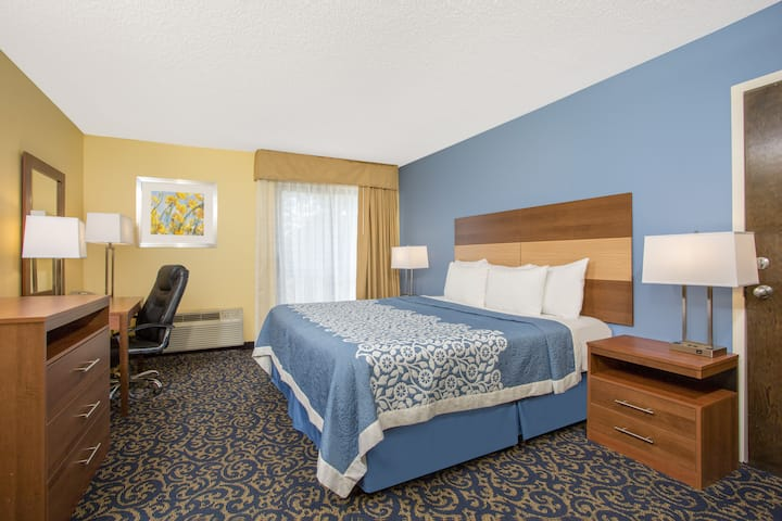 Guest room at the Days Inn Raleigh-Airport-Research Triangle Park in Morrisville, North Carolina