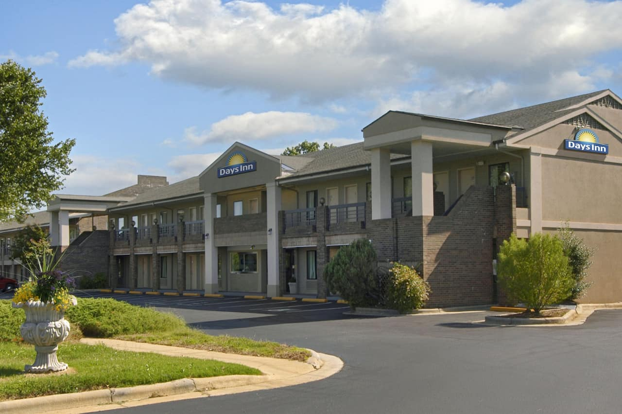 Days Inn Raleigh Glenwood-Crabtree in Raleigh, North Carolina