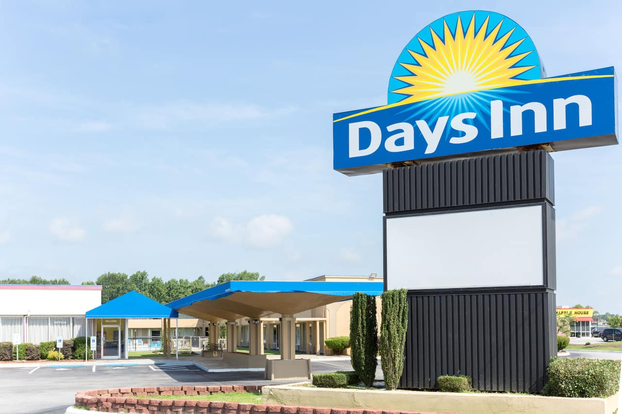 at the Days Inn Washington in Washington, North Carolina