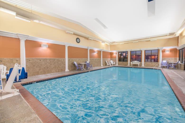 Pool At The Days Inn Minot In North Dakota