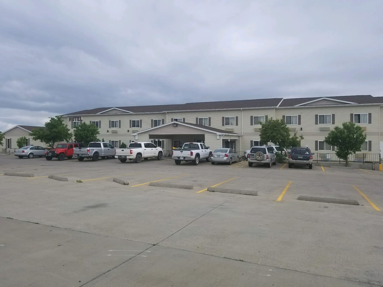 Days Inn and Suites Williston in  Williston,  North Dakota