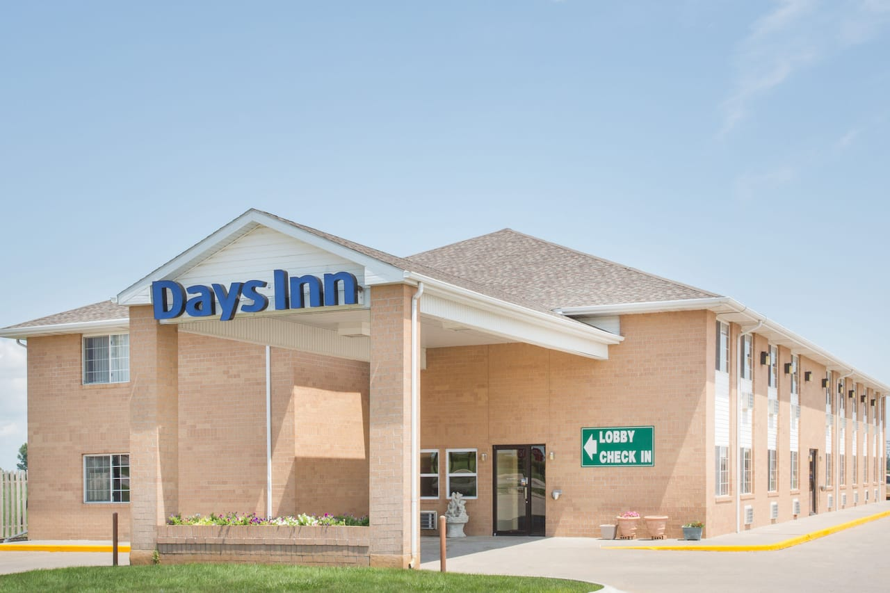 Days Inn - Lexington NE in  Cozad,  Nebraska