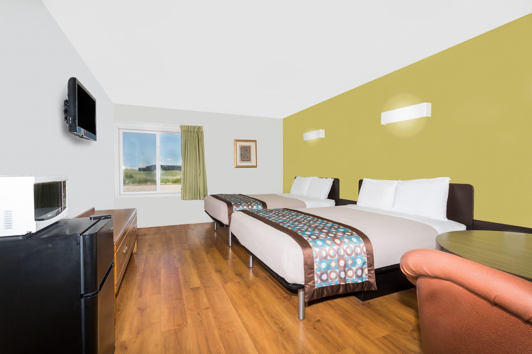 Days Inn By Wyndham Scottsbluff Scottsbluff Ne Hotels