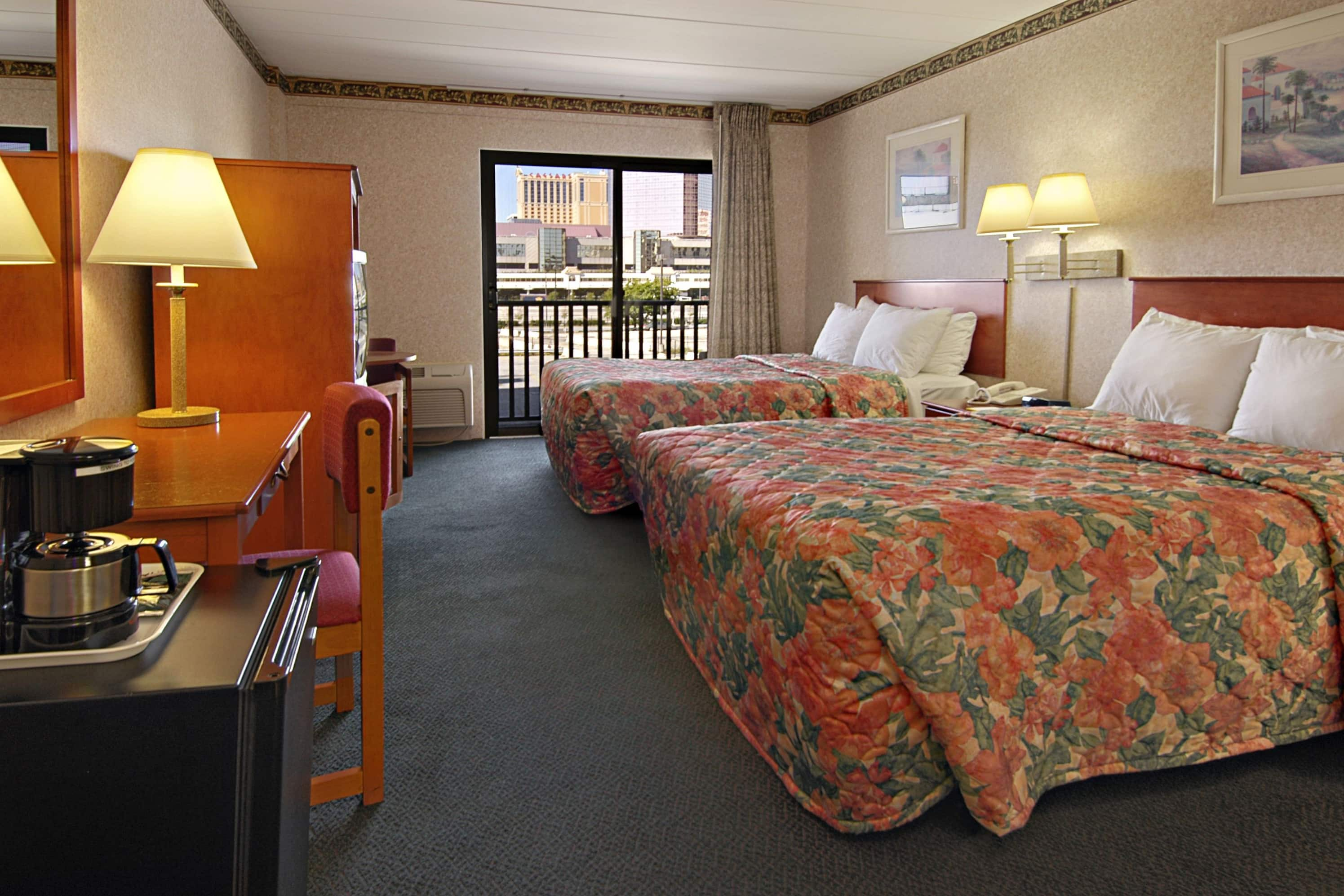 Guest room at the Days Inn Atlantic City Beachblock in Atlantic City, New Jersey