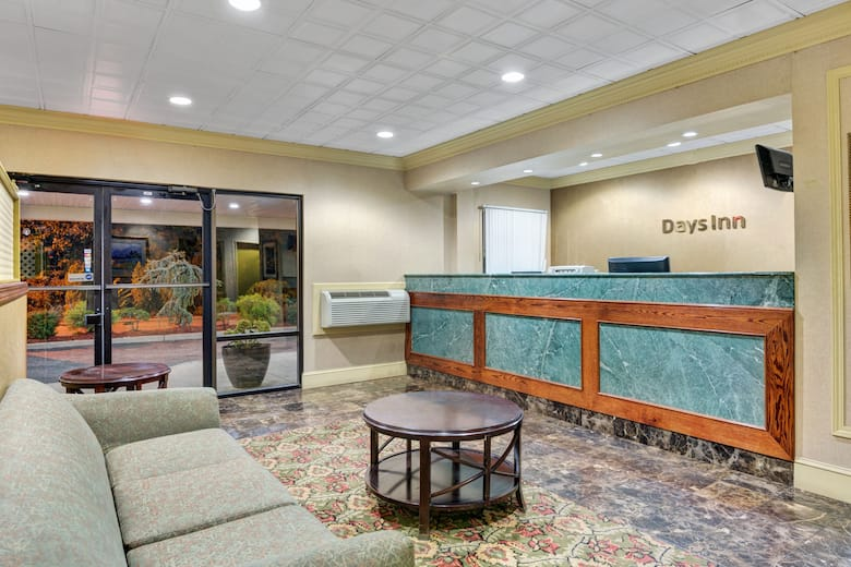 Days Inn By Wyndham Absecon Atlantic City Hotel Lobby In Galloway New Jersey
