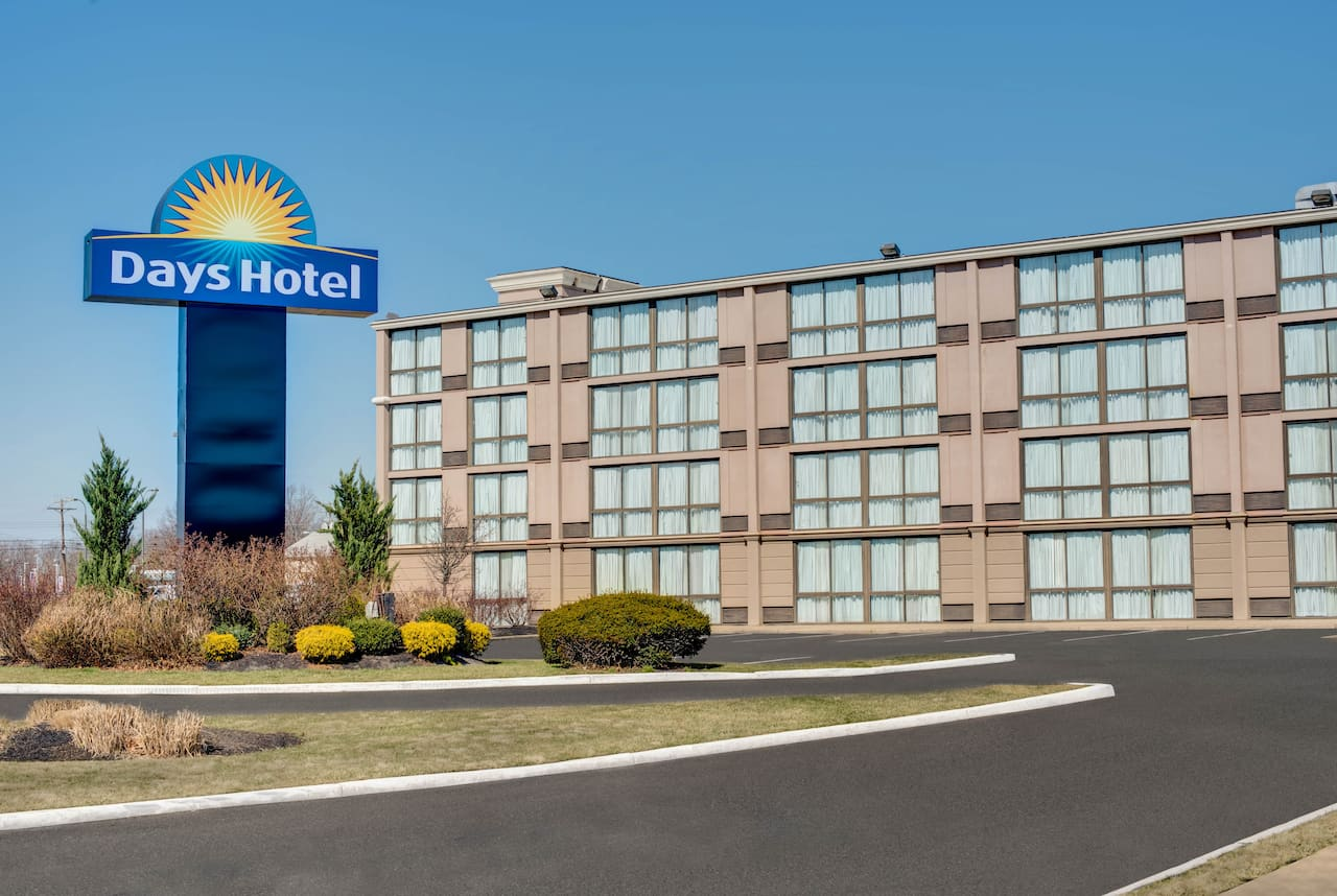 Days Hotel Toms River Jersey Shore in Belmar, New Jersey