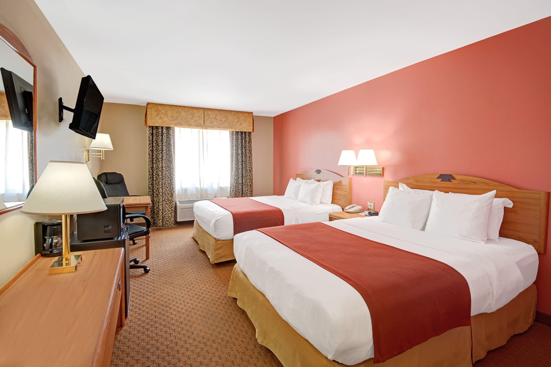 Guest room at the Days Inn & Suites Airport Albuquerque in Albuquerque, New Mexico