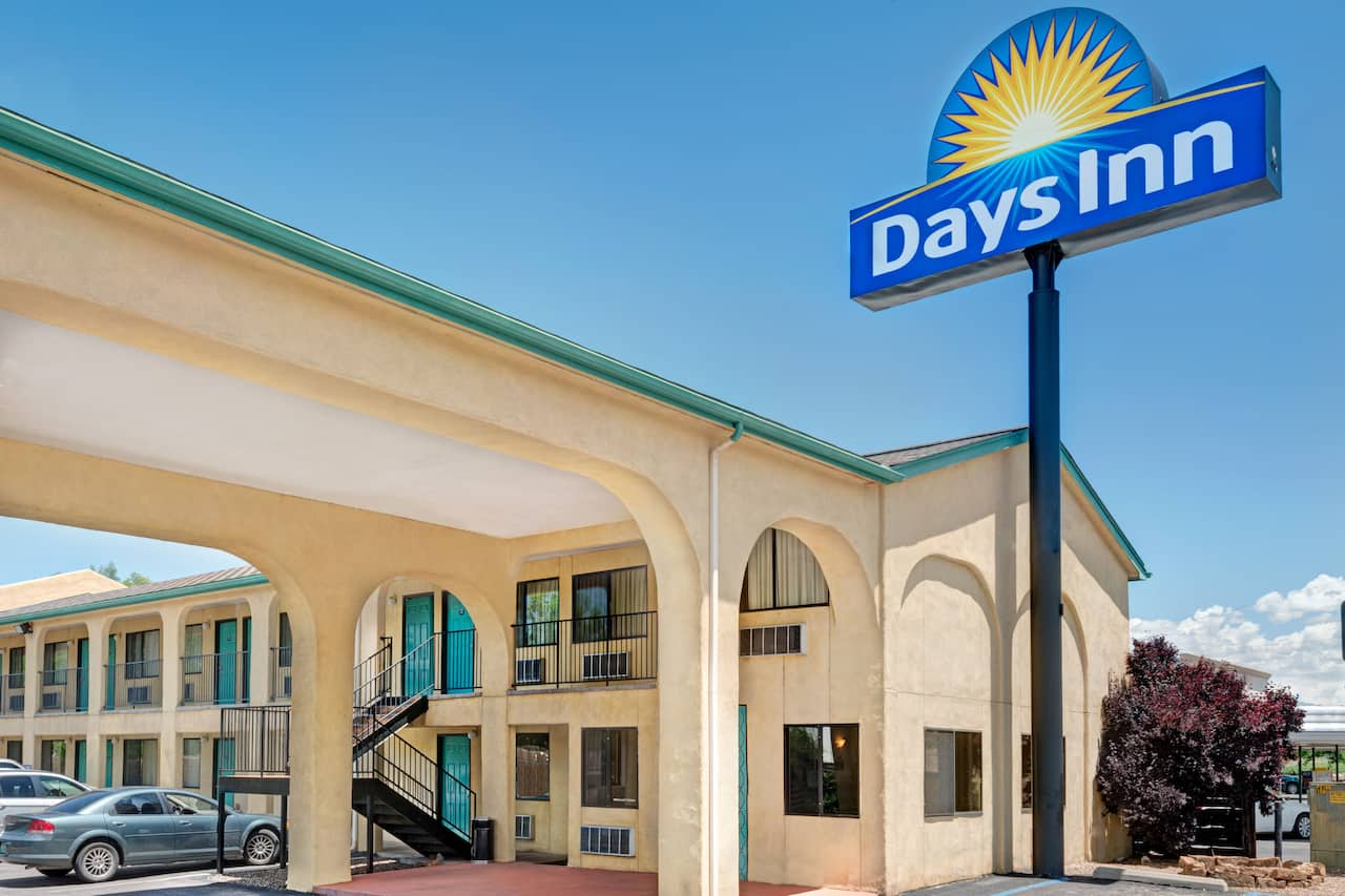 Days Inn Espanola in Espanola, New Mexico