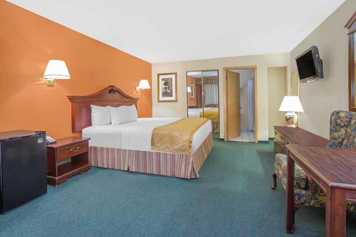 Guest room at the Days Inn & Suites Red Rock-Gallup in Gallup, New Mexico