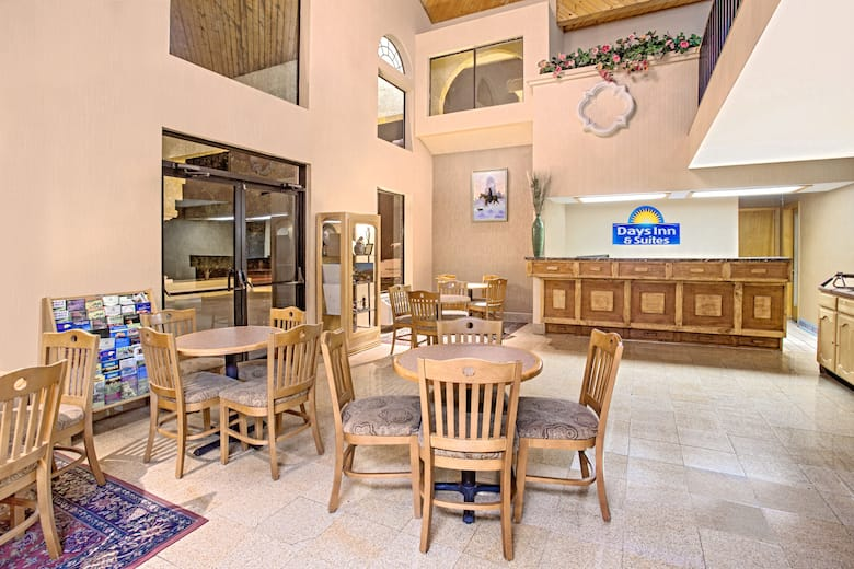 Days Inn & Suites by Wyndham Red Rock-Gallup hotel lobby in Gallup, New