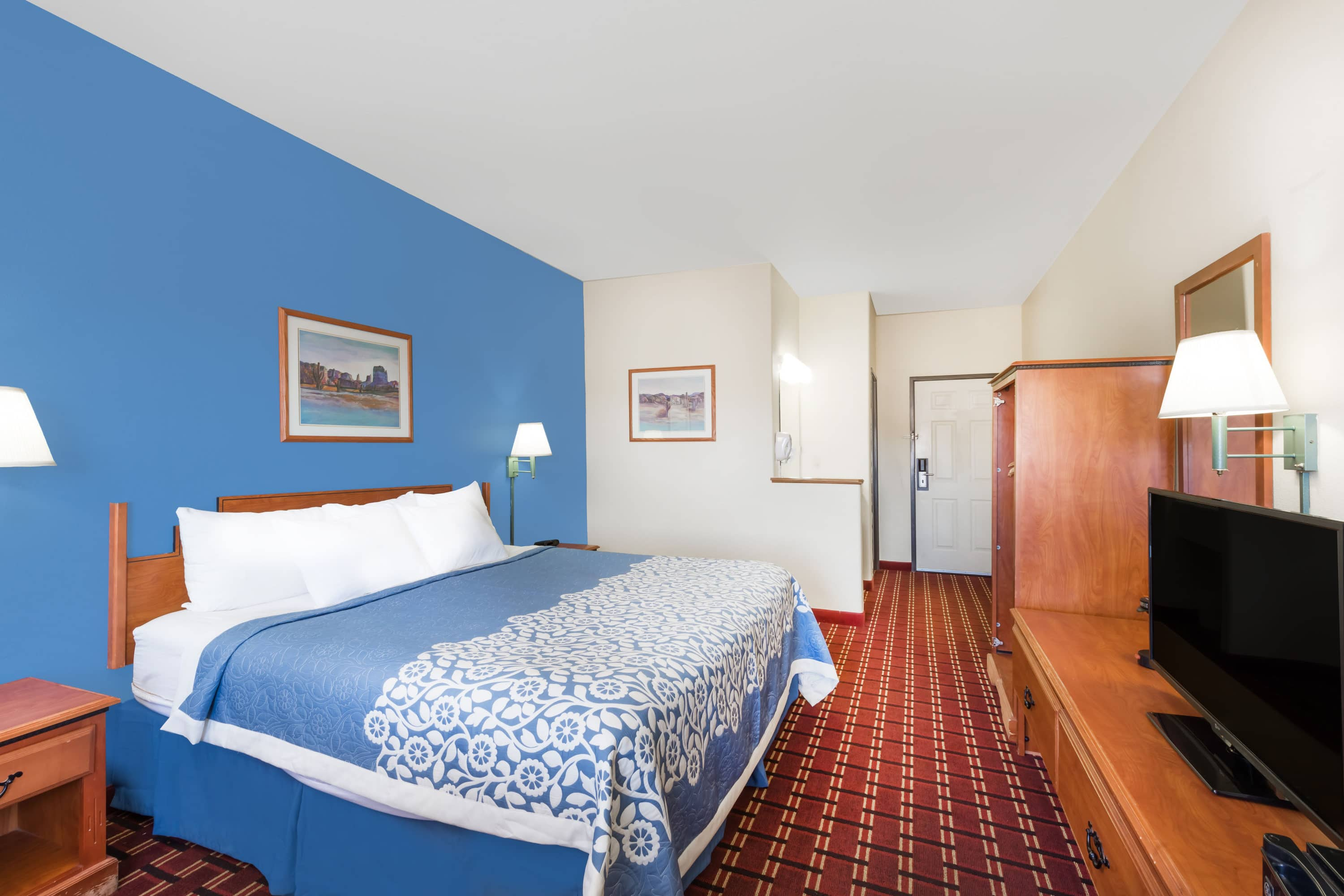 Guest room at the Days Inn & Suites Lordsburg in Lordsburg, New Mexico