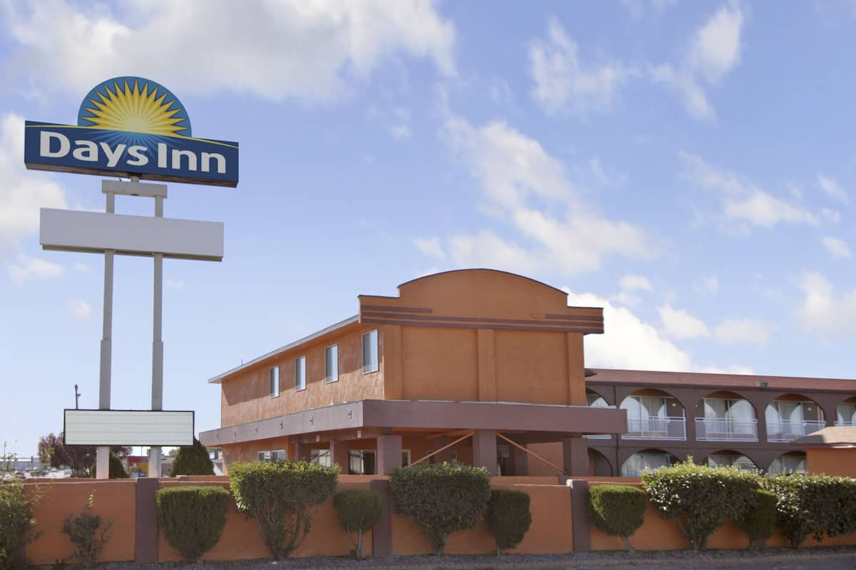 Exterior Of Days Inn Socorro Hotel In New Mexico