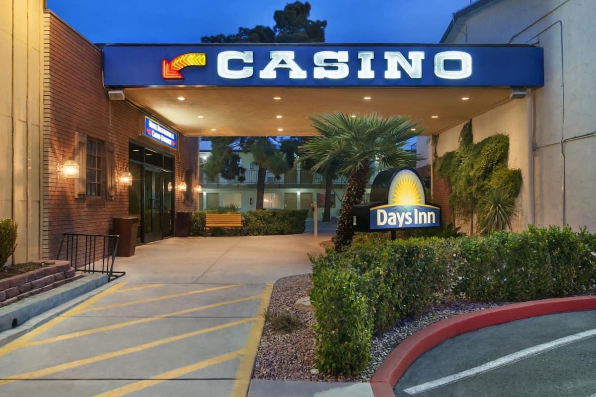 days inn las vegas at wild wild west gambling hall las vegas days inn las vegas at wild wild west gambling hall
