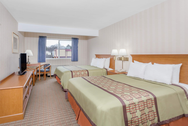 hotelName city Hotels NY 12203