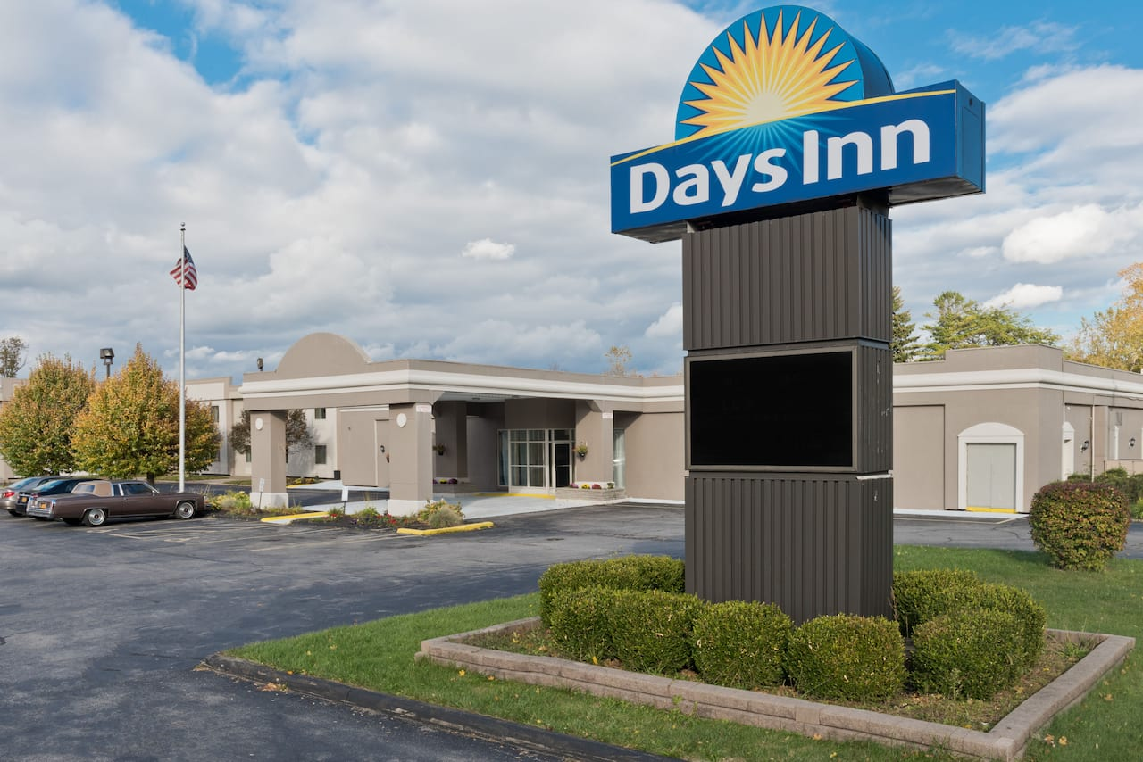 Days Inn Batavia Darien Lake Theme Park in Rochester, New York