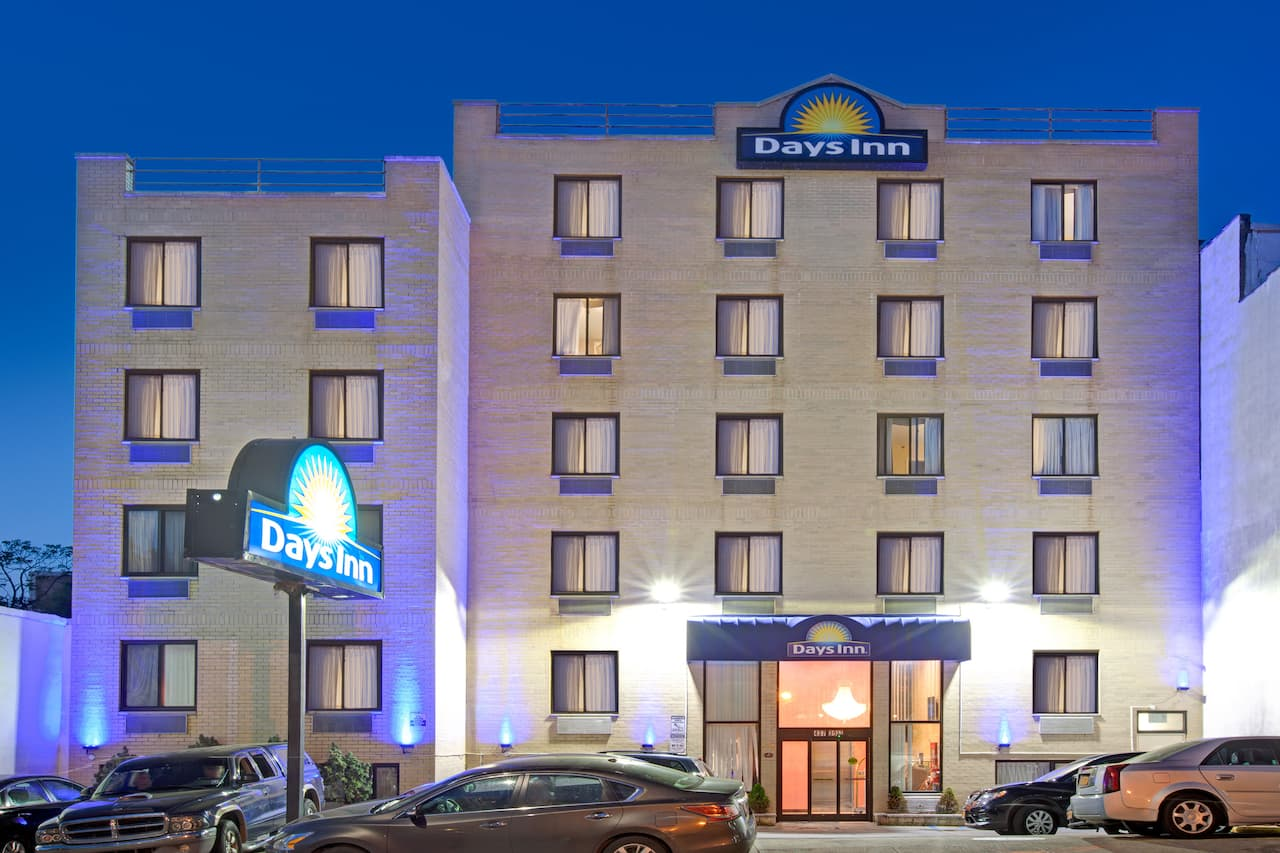 Days Inn Brooklyn in Newark, New Jersey