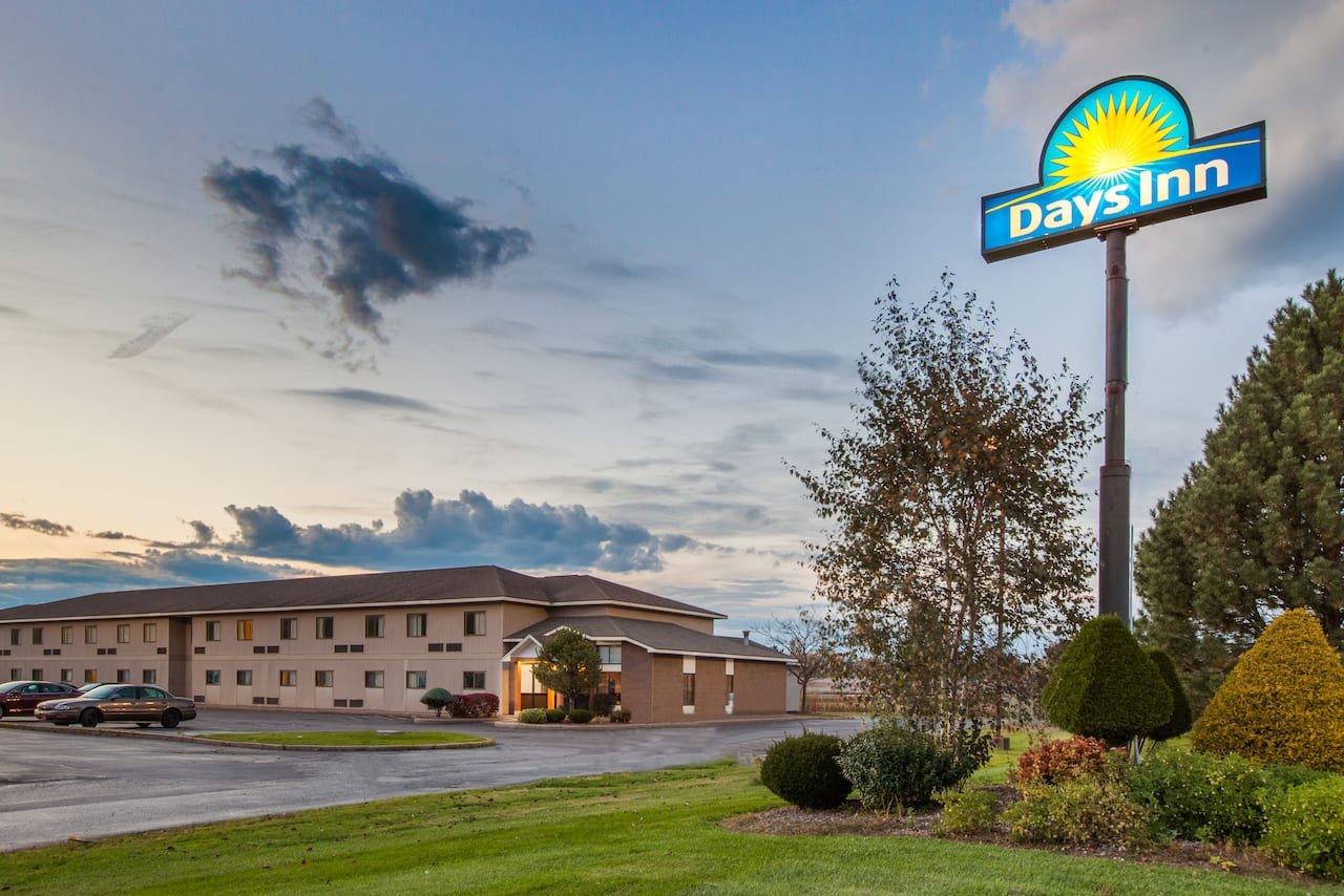Days Inn Canastota/Syracuse in  New Hartford,  New York
