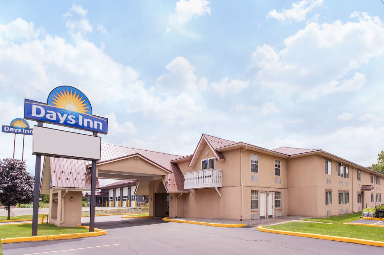 Days Inn Cortland / McGraw in Ithaca, New York