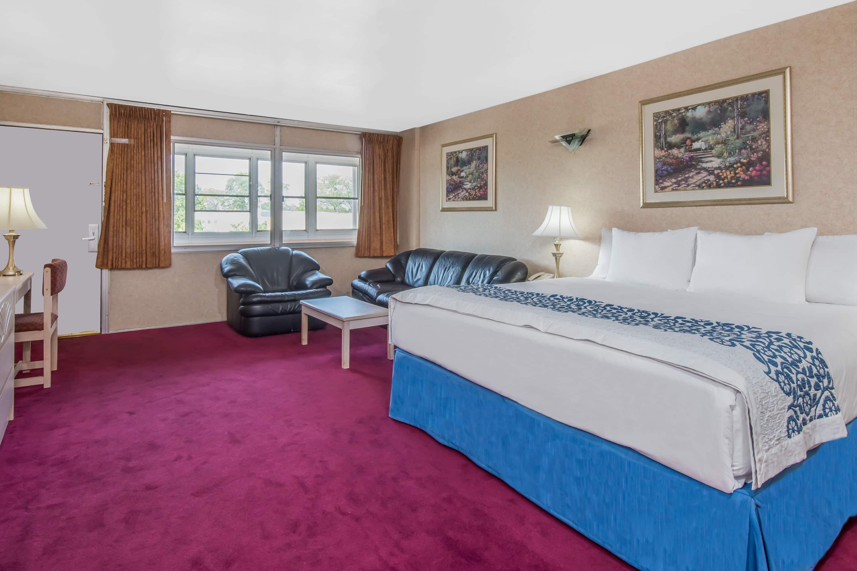 Guest room at the Days Inn Hicksville Long Island in Hicksville, New York
