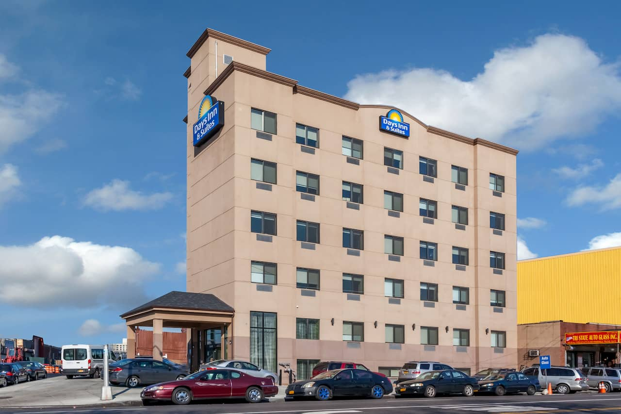 Days Inn & Suites Jamaica JFK Airport in Hicksville, New York