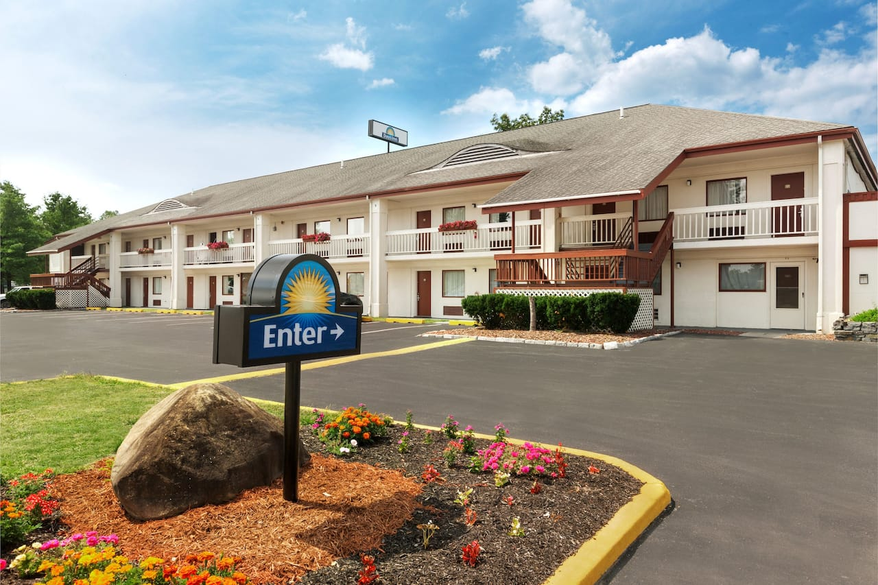 Days Inn Queensbury/Lake George in Saratoga Springs, New York