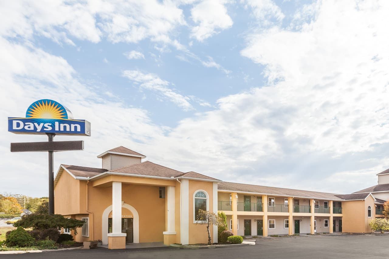 Days Inn Weedsport in Auburn, New York