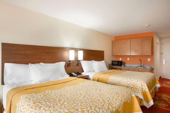 Days Inn & Suites Caldwell suite in Caldwell, Ohio