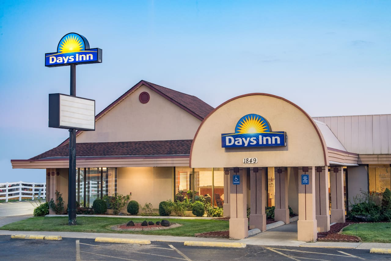 Days Inn Grove City Columbus South in Lancaster, Ohio