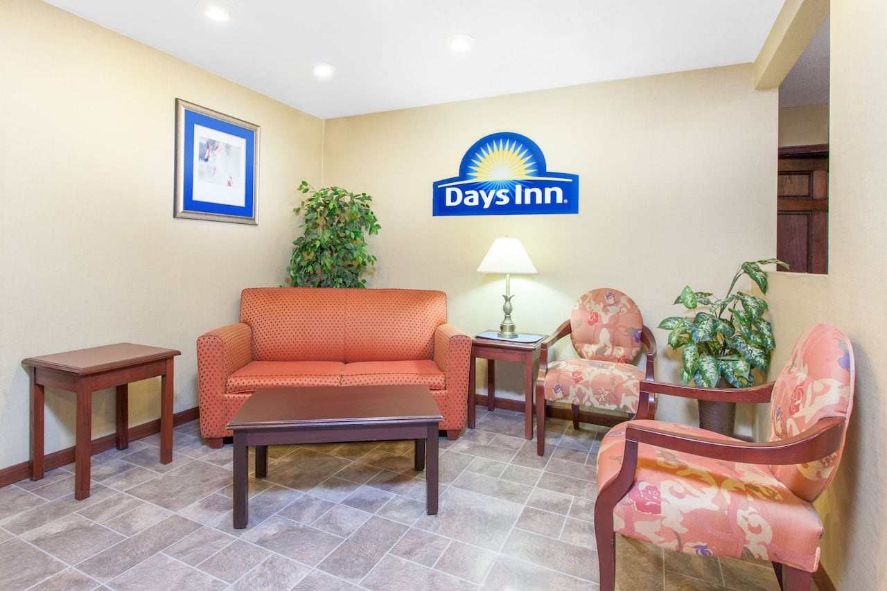 at the Days Inn Maumee/Toledo in Maumee, Ohio
