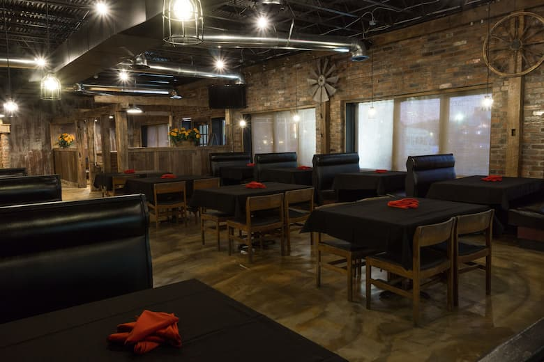 Days Inn Suites Columbus East Airport Restaurant In Reynoldsburg